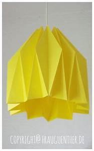 Origami Lampe Anleitung : origami lampe mariko tischlampe aus holz und papier eine selbsttragende konstruktion http ~ Watch28wear.com Haus und Dekorationen