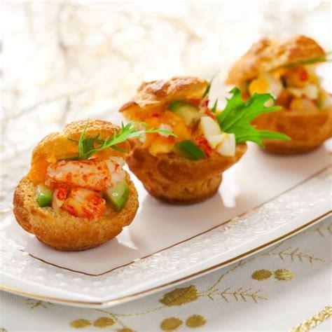 garniture pour pate a choux recette petits choux fourr 233 s aux crevettes saumon et avocat