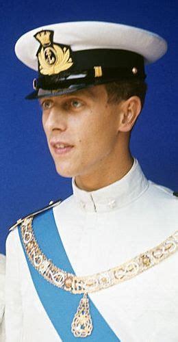 Descriptionamedeo di savoia aosta con moglie e figli.jpg. Prințul Amedeo, Duce de Aosta (n. 1943) - Wikipedia