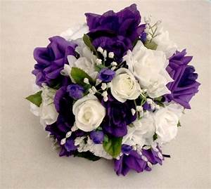 SHE FASHION CLUB: Purple And White Rose Bouquet
