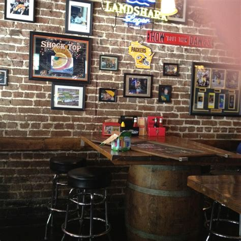 bar decoration ideas cool bar decor luv the tables do over pinterest mesas cool bars and high tops