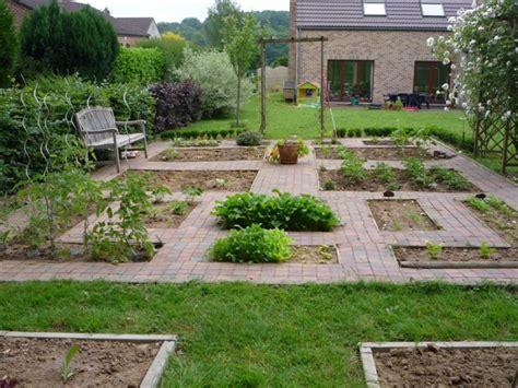Garden Decoration Courses by Jardin Potager Dessin Course Nature
