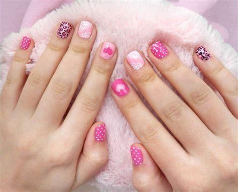 16 Creative Mismatched Nail Art Designs