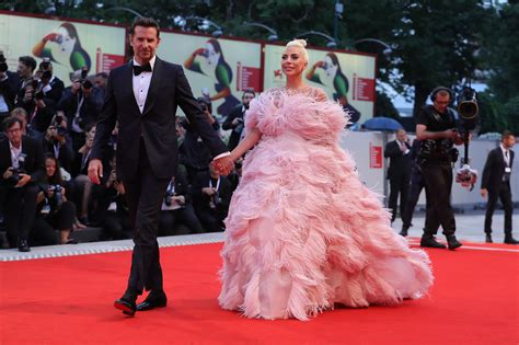 Er Singt Mit Lady Gaga Bei Den Oscars