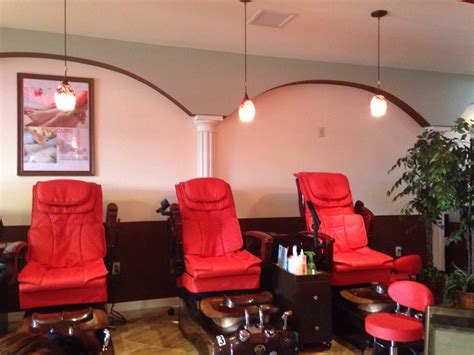 Vu's Nails And Spa