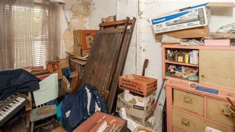 These Disgusting Bedrooms Will Kill The Passion In Any Relationship