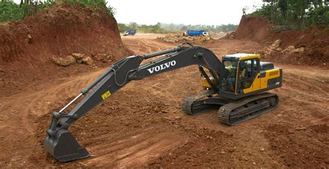 volvo launches ecd excavator  india  class