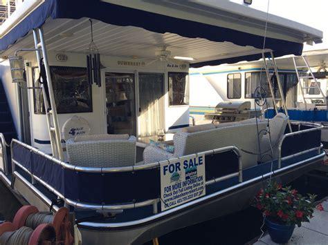 Houseboats Archives   Lakeshore Resort