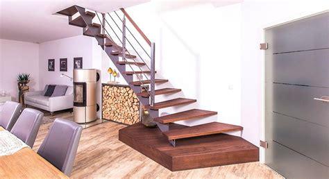 treppe weiß holz treppe holz holzstufen erneuern garten selber bauen mit verkleiden kosten