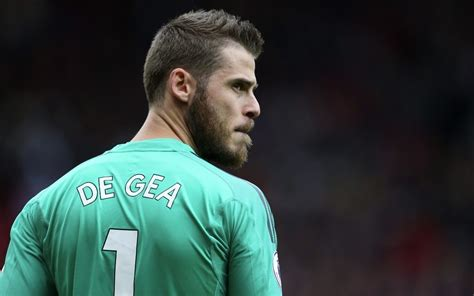 Manchester United Face Goalkeeping Crisis As David De Gea