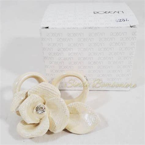 bomboniere a forma di fiore bomboniera da appoggio in ceramica a forma di fiore con