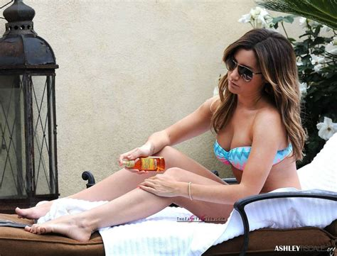 ashley tisdale  hottest feet pics thefastfashioncom