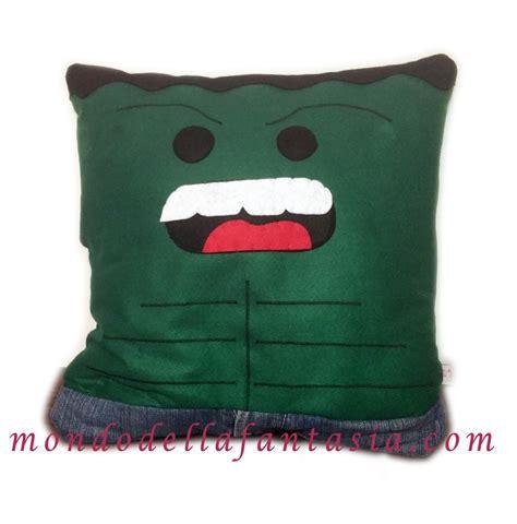 cuscini fatti a mano cuscino supereroe quot quot fatto a mano per la casa e per