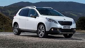 Peugeot 2008 2014 Review