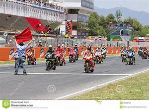 Grand Prix Moto Barcelone 2015 : moto gp starting grid editorial stock photo image 35086763 ~ Medecine-chirurgie-esthetiques.com Avis de Voitures