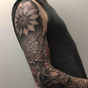 Tattoo Ganzer Arm Frau : 1001 ideen f r mandala tattoo f r m nner und frauen ~ Frokenaadalensverden.com Haus und Dekorationen