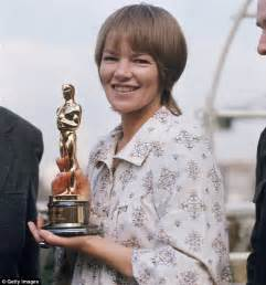 Glenda Jackson to play Shakespeare's King Lear at the Old ...