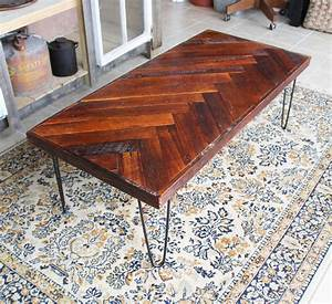 Remodelaholic DIY Wood Herringbone Coffee Table with