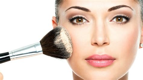 8 Tutorials To Teach You How To Apply Make Up Like A Pro