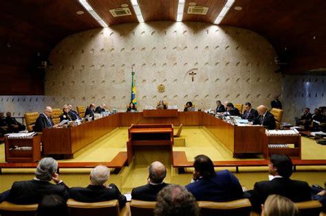 STF rejeita 3 ações e libera Copa América no Brasil