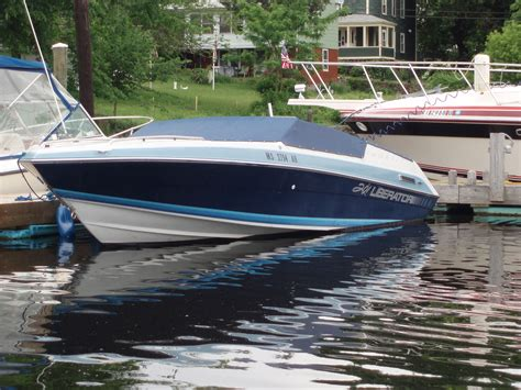 How To Spray Paint A Fiberglass Boat by West Marine Boats Autos Post