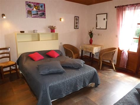 la chataigneraie chambre d hotes chambre d 39 hôtes 9004 à ladinhac chambre d 39 hôtes 11