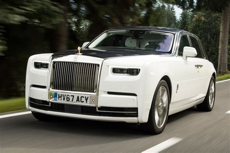 roll royce rolls royce phantom 2017 review auto express