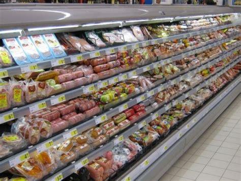 bulgaria 39 s food safety agency closed 900 non compliant novinite com sofia agency
