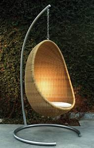 rattan garden furniture ideas design your balcony or With katzennetz balkon mit garden egg chair