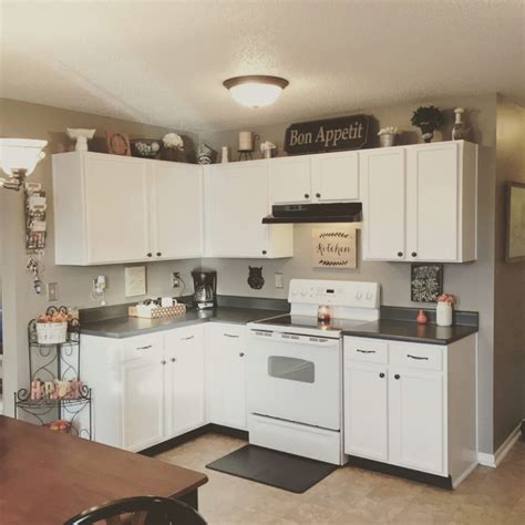 what color hardware for white kitchen cabinets white