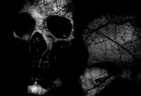 Scary Wallpaper Black And White by 28 Creepy Backgrounds Wallpapers Images Pictures