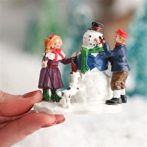 miniature build a snowman christmas figurine table decor