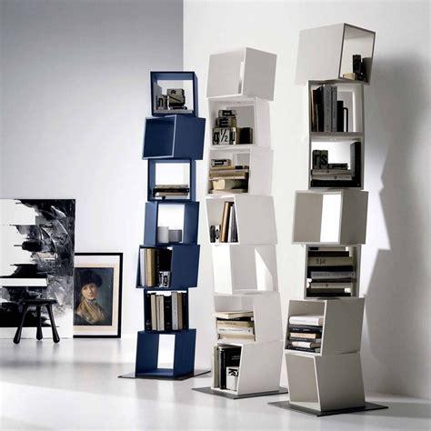 Libreria A Colonna Design by Idee Libreria A Colonna Un Totem Arreda In