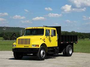 International 4900 Crew Cab Flatbed 120k Miles   2000