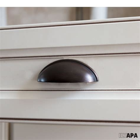 kitchen cabinet hardware rubbed bronze 10 pack of rubbed bronze kitchen cabinet pulls 3 9110