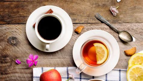 Health benefits of tea vs coffee and the side effects of drinking too much tea or coffee. How Much Caffeine In Coffee Vs Tea? New 2020 - FIKA