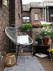 Gartenmöbel Kleiner Balkon : mit diesen tipps wird ein kleiner balkon zur stadtoase ~ Lateststills.com Haus und Dekorationen