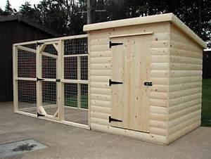 51 best pallets dog houses images on pinterest dog for Dog house and run