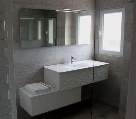 modulable et moderne le meuble d 233 cal 233 pour la salle de bains