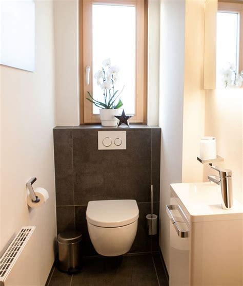 Kleines Badezimmer Mit Fenster by Die Besten 25 Schmales Badezimmer Ideen Auf