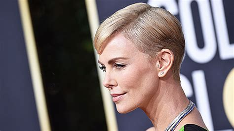 charlize theron dyed  hair blonde  golden globes