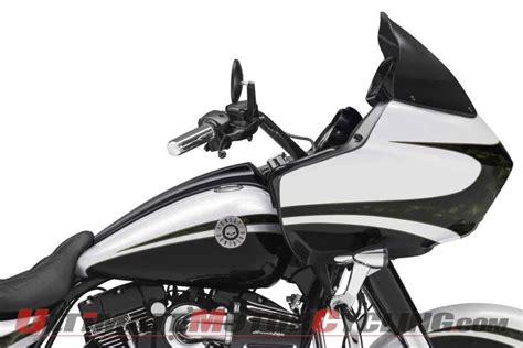 Harley Davidson Cvo Road Glide Wallpapers by 2012 Harley Cvo Road Glide Wallpaper