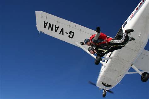Parachute Dive by Tandem Skydives Tandem Parachute Jump Skydive