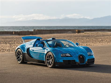Bugatti has presented a special car, the veyron grand sport vitesse 1 of 1, in pebble beach, california. RM Sotheby's - 2015 Bugatti Veyron 16.4 Grand Sport ...