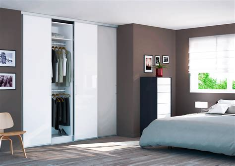 largeur porte chambre faire un placard dans une chambre portes mano blanc mat