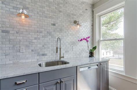 Gray Marble Backsplash : Gray Kitchen Cabinets With Gray Marble Mini Subway Tiles