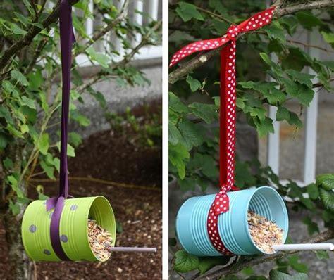 les 25 meilleures id 233 es concernant mangeoires pour oiseaux faites maison sur maisons