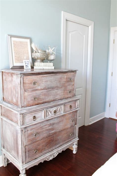 how to whitewash wood with paint 38 adorable white washed furniture pieces for shabby chic and beach d 233 cor digsdigs