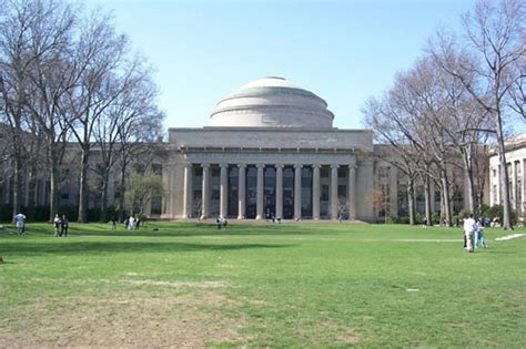 sma prospective students travel boston