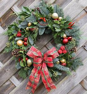 Christmas, Wreath, And, Garland, Making, Workshops